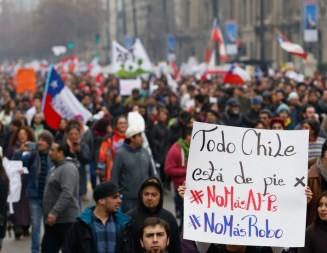 Miles de personas en Chile dicen NO a las AFP