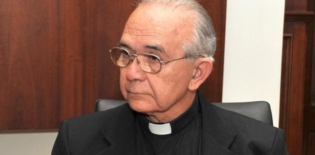 hoyla-el-salvador-suspenden-a-obispo-acusado-d-001