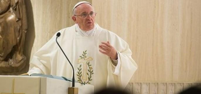 Pope-Francis-preaching-at-Santa-Marta