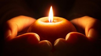holding-a-candle_tp