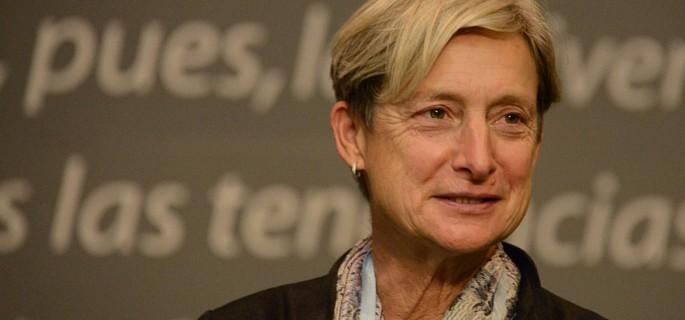 Entrega Honoris Causa a la Dra.Judith Butler en el Auditorio de la Facultda de Derecho