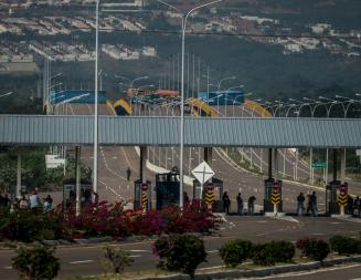 La oposición venezolana    y el desafío de  la ayuda humanitaria