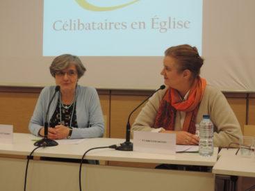 Dominique-de-Monléon-Cabaret-et-Claire-Lesegretain-Colloque-CEE-Photo-Célibataires-en-Eglise-367x275
