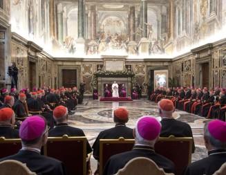 Por qué el Papa Francisco no autorizó el sacerdocio de hombres casados