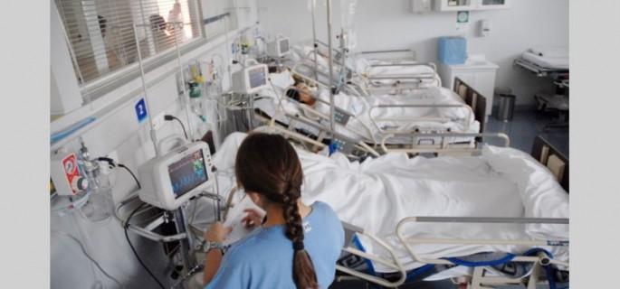 hospitales-y-salas-de-procedimientos.jpg_258117318