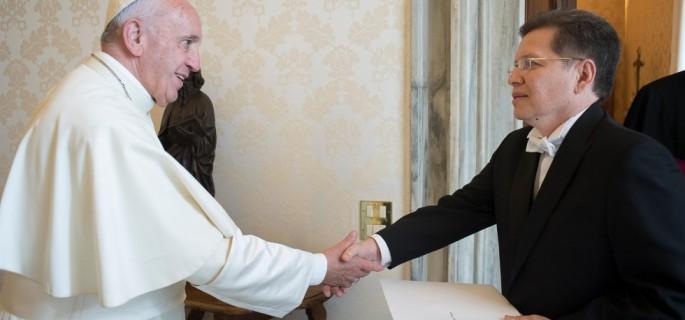 dca28053-julio-cesar-caballero-fue-embajador-de-bolivia-ante-la-santa-sede-c-iglesia-viva